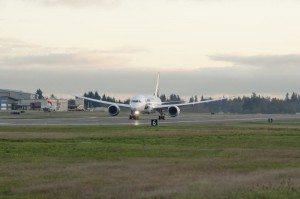 lot__Everett_Boeing_Dreamliner