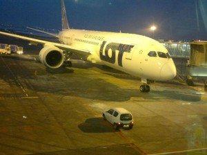 Lotnisko_Chopin_Dreamliner_LOT1
