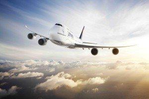 CGI: Air-to-air Motiv der Lufthansa 747-8 Intercontinental./CGI: air-to-air image of the Lufthansa 747-8 Intercontinental.
