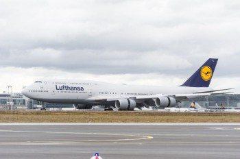Lufthansa_Boeing747_8foto6