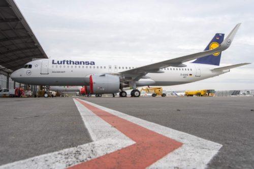 Airbus A320neo, D-AXAQ, D-AINA, A320-200